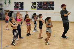 Bosco teaches Hip Hop Master Class with Mini Level